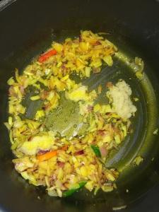 Add ginger garlic paste.
